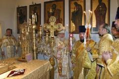 Божественная литургия. 25-ти летний юбилей хиротонии архиепископа Лонгина Клинского (29.10.2006)
