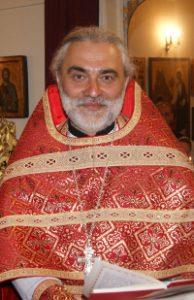 Priester Mihails Holmeckij